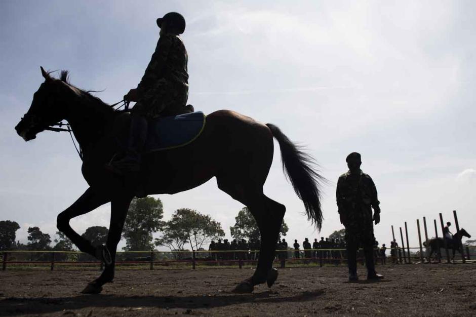 Melihat Pusat Pendidikan Kavaleri Berkuda Kodiklatad-3