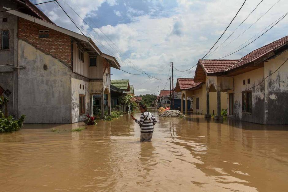 Banjir 1,5 Meter Rendam Perumahan Graha Fauzan Asri di Pekanbaru-1