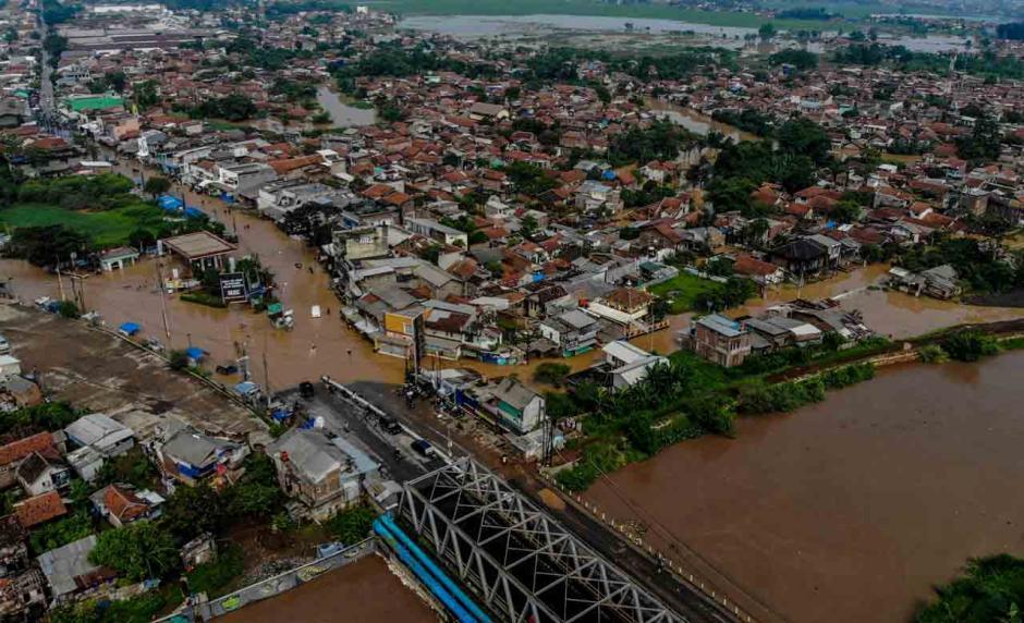 Penampakan dari Udara Banjir Setinggi 2 Meter Rendam Empat Kecamatan di Kabupaten Bandung-0