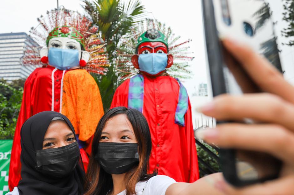 HUT ke-494 DKI Jakarta, Ondel-ondel Raksasa Hiasi Kawasan Sudirman-3