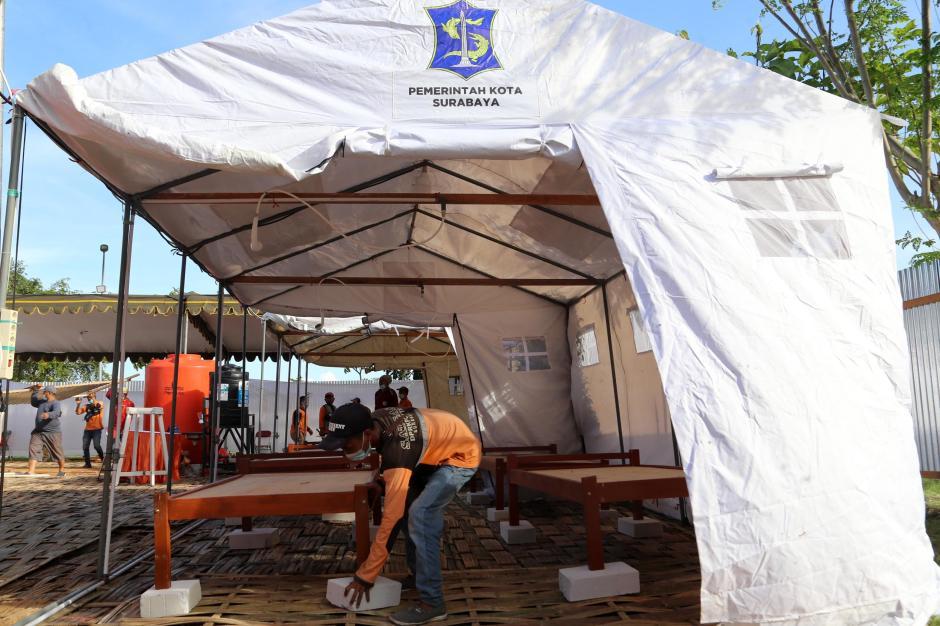 Kematian Covid-19 Tinggi, Pemkot Surabaya Dirikan Tempat Pemulasaraan Darurat-5