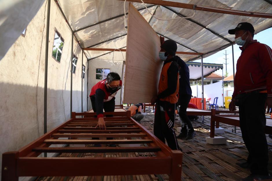 Kematian Covid-19 Tinggi, Pemkot Surabaya Dirikan Tempat Pemulasaraan Darurat-1