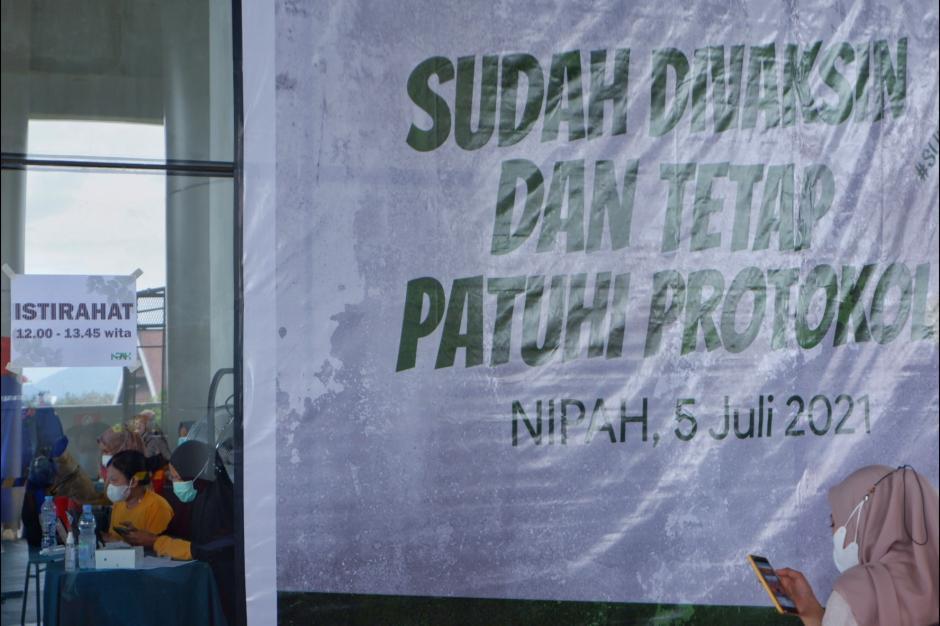 Vaksinasi Massal di Mal NIPAH Makassar-2