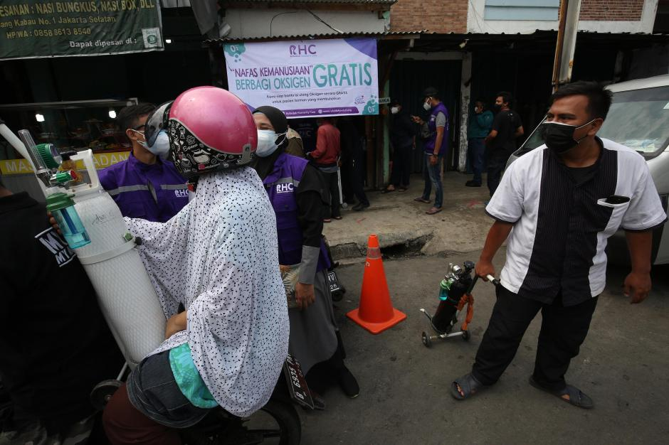 RHC Peduli Gelar Pembagian Oksigen Gratis di Jakarta-1