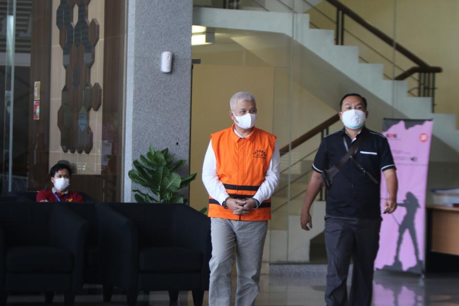 Tersangka Bupati Bandung Barat AA Umbara Jalani Pemeriksaan Lanjutan di KPK-0