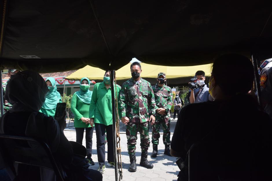 Kunjungi Rumah Sakit Tentara di Semarang, KSAD Pompa Semangat Tenaga Kesehatan-1