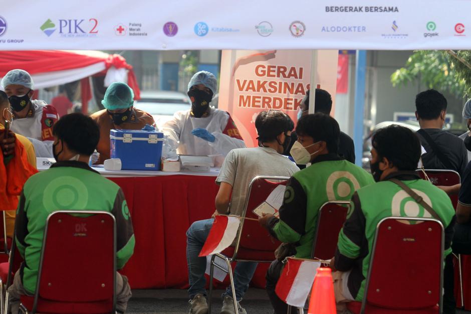 Polda Metro Jaya-Gojek Dukung Vaksinasi Merdeka-4