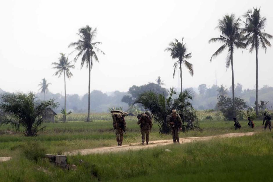 Intip Kekompakan Prajurit TNI AD dan Tentara Amerika Saat Latihan Terjun Garuda Airborne-4