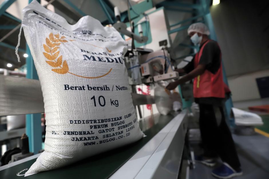 Jamin Beras Berkualitas Baik, Bulog Gunakan Mesin Rice To Rice-4