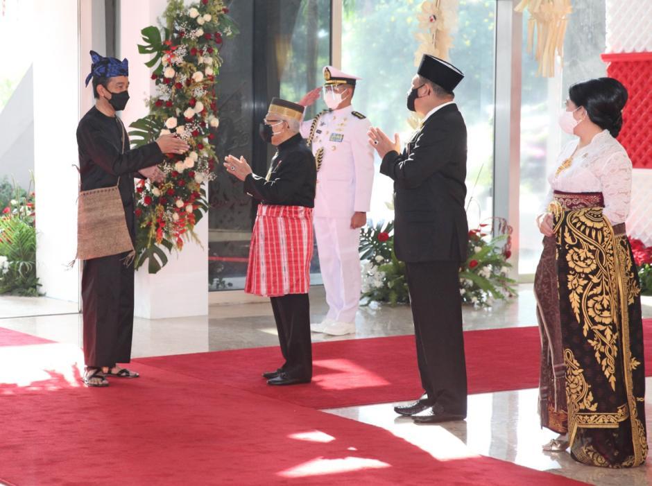 Kenakan Baju Adat Khas Baduy, Presiden Jokowi Hadiri Sidang Tahunan MPR-3