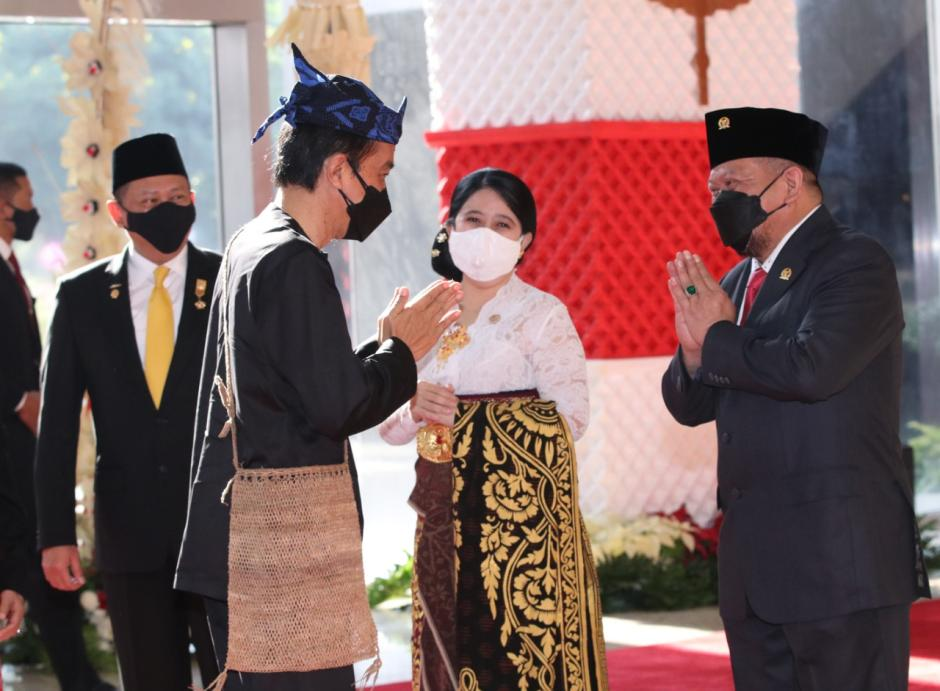 Kenakan Baju Adat Khas Baduy, Presiden Jokowi Hadiri Sidang Tahunan MPR-2