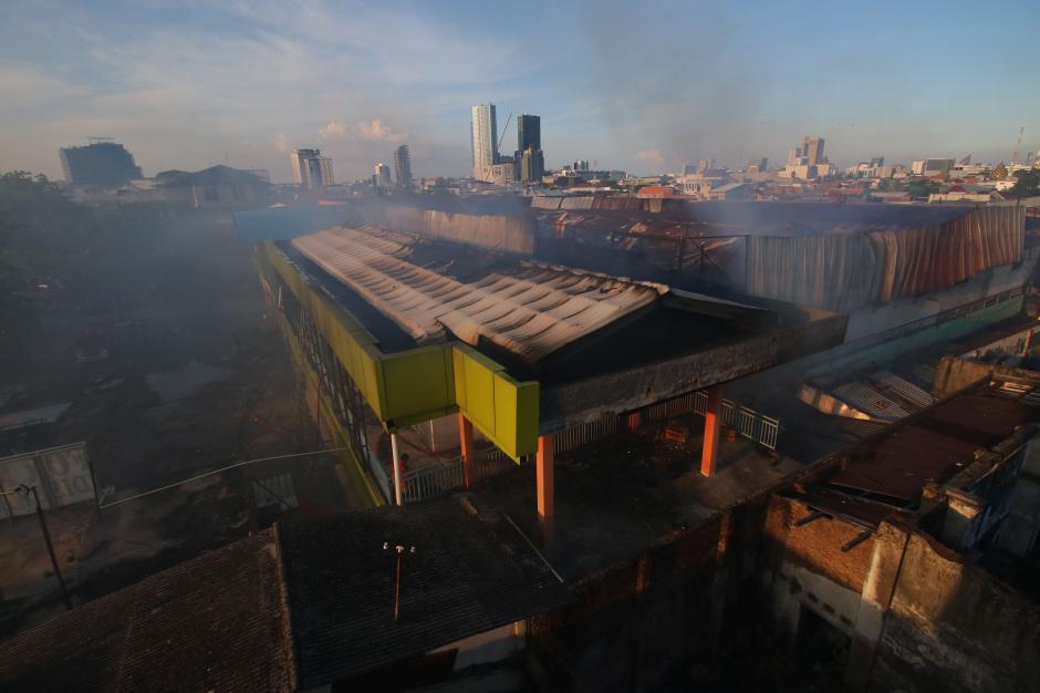 Pasar Kembang Surabaya Terbakar-2