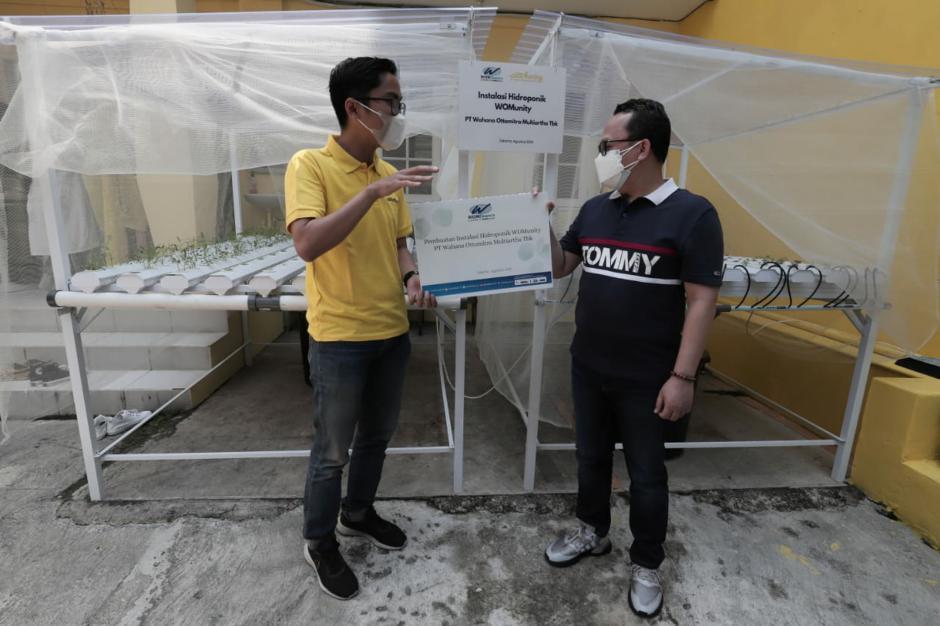 Pembuatan Instalasi Hidroponik di Lingkungan Yayasan Pita Kuning-2