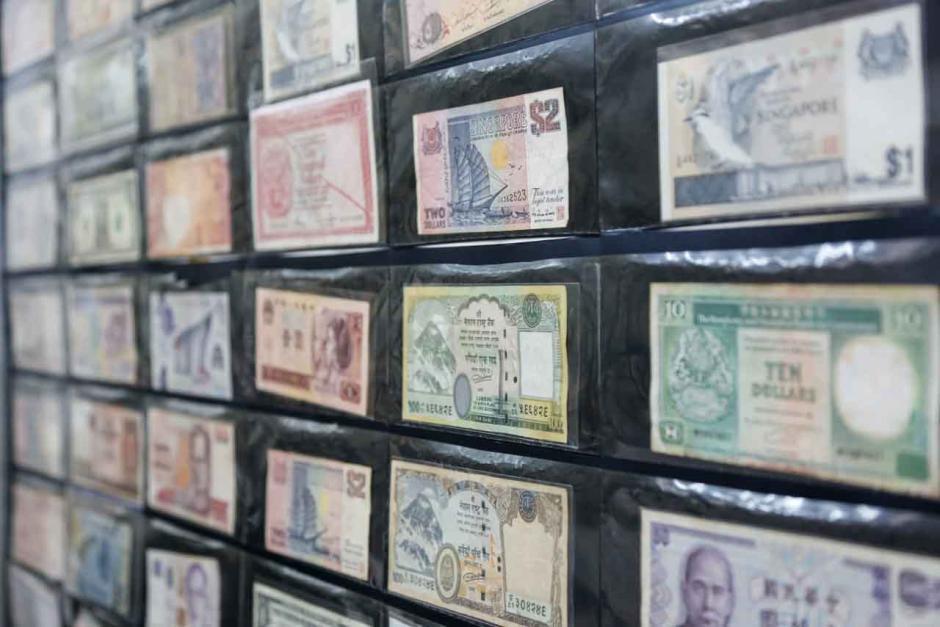 Berbanding Terbalik di Marketplace, Uang Koin Rp 500 Bunga Melati di Pasar Baru Cuma Dihargai Goceng-3