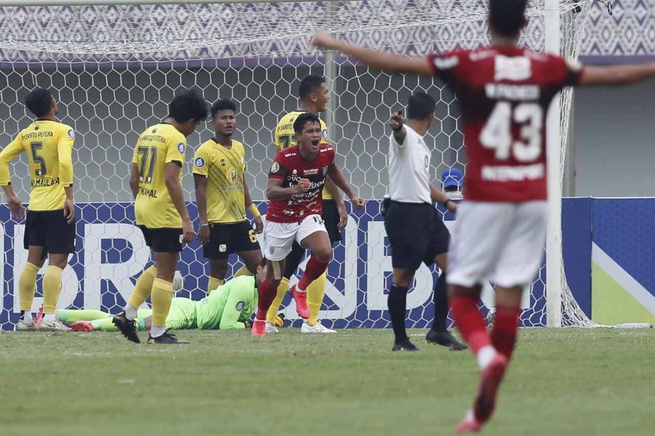 Bali United Kandaskan Perlawanan Barito Putera 2-1-5