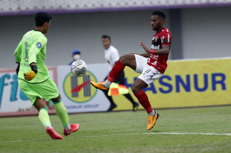 Bali United Kandaskan Perlawanan Barito Putera 2-1-2