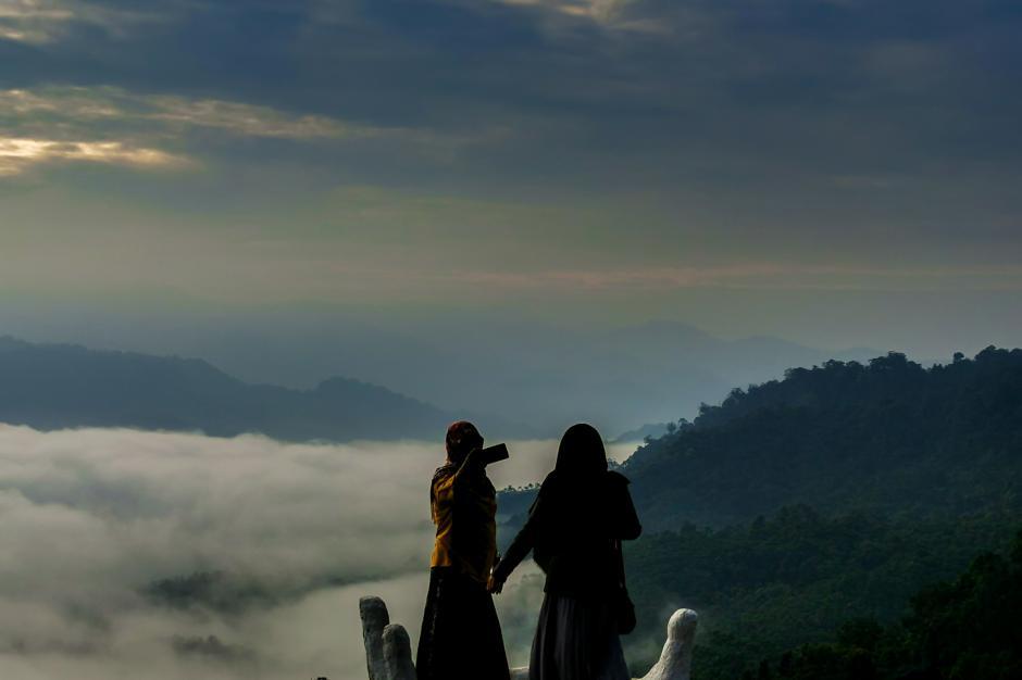 Berwisata ke Negeri Atas Awan Gunung Luhur, Mensyukuri Mahakarya Tuhan-1