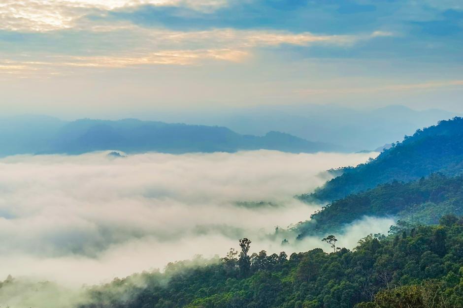 Berwisata ke Negeri Atas Awan Gunung Luhur, Mensyukuri Mahakarya Tuhan-3
