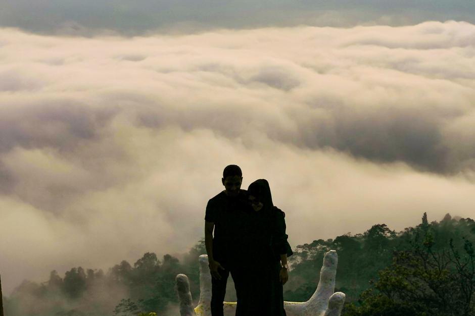 Berwisata ke Negeri Atas Awan Gunung Luhur, Mensyukuri Mahakarya Tuhan-0