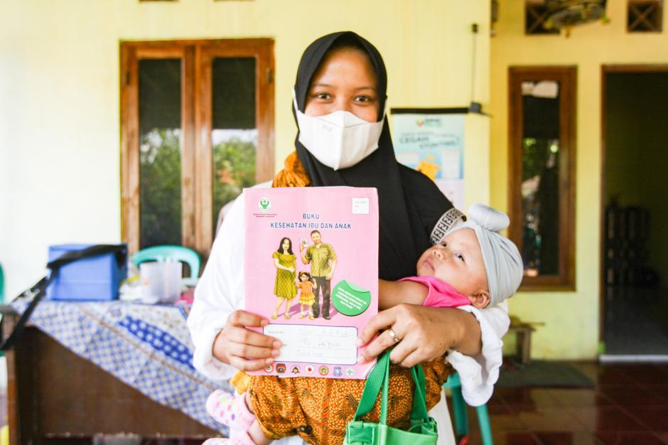 Cegah Stunting Pada Anak, MNC Peduli dan Posyandu Melati 9 Berikan Layanan Cek Gizi Rutin-3
