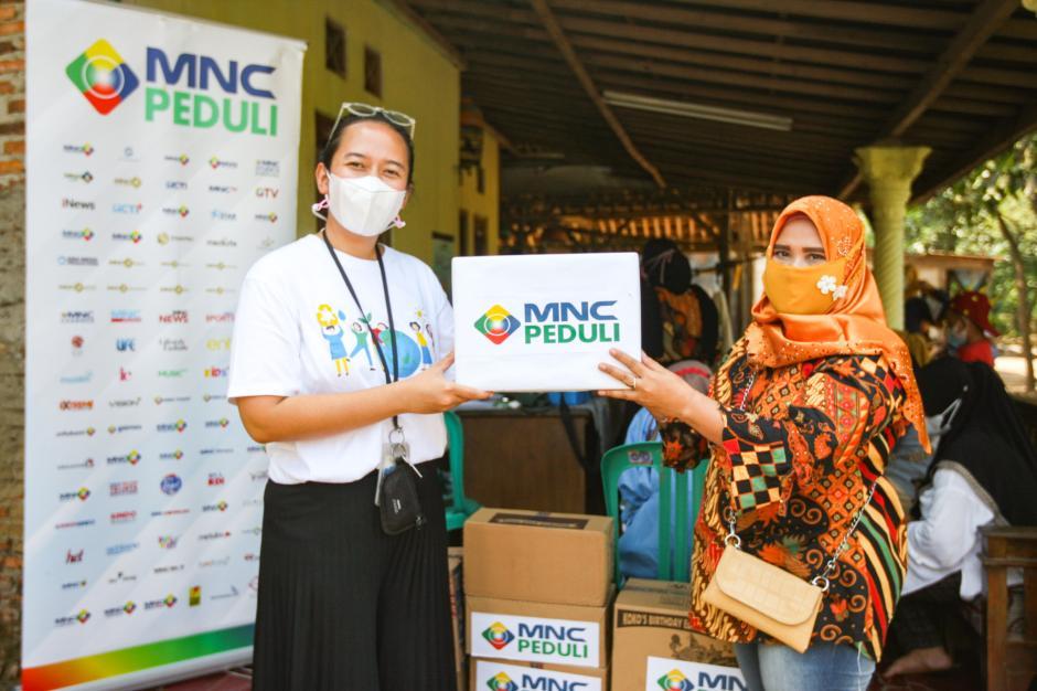 Cegah Stunting Pada Anak, MNC Peduli dan Posyandu Melati 9 Berikan Layanan Cek Gizi Rutin-4