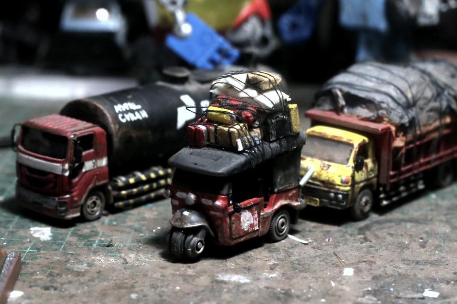 Bermodal Barang Bekas, Perajin Miniatur Mobil Ini Kantongi Cuan Rp60 Juta Setiap Bulan-4