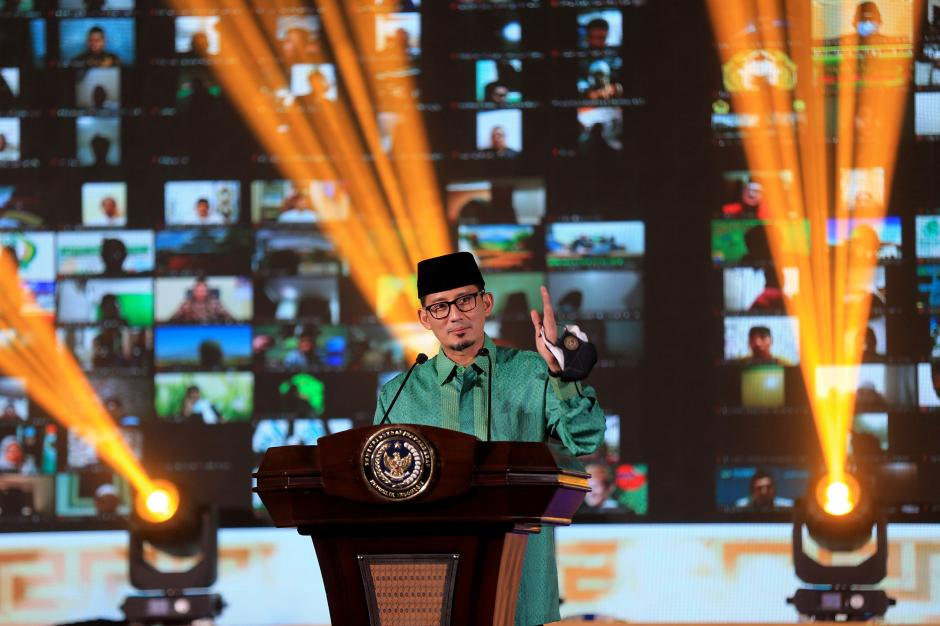 Sandiaga Uno Dorong Santri untuk Menjadi Digital Preneur Demi Indonesia Bangkit-5
