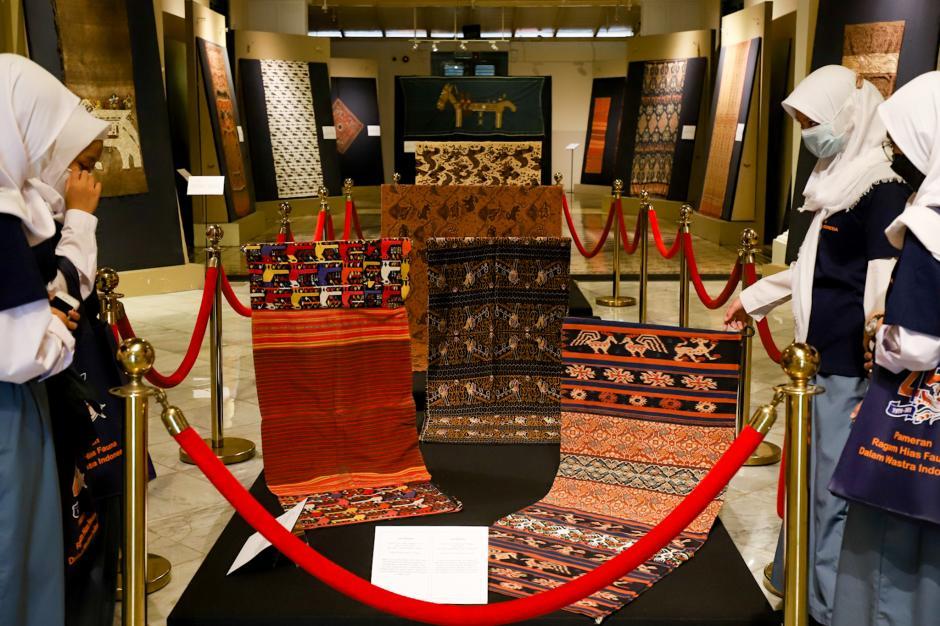 HUT ke-45, Museum Tekstil Gelar Pameran Wastra Kain Tradisional-3