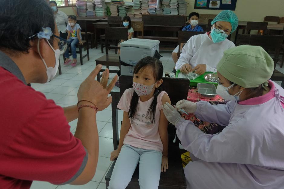 Puluhan Ribu Siswa SD di Denpasar Diimunisasi Campak Rubella-2