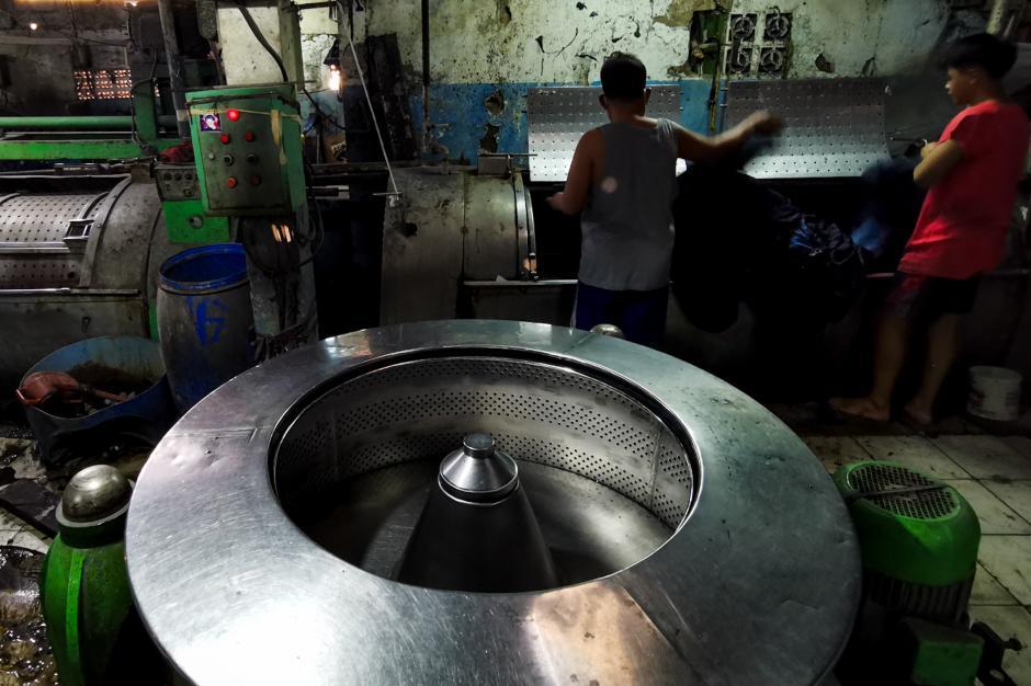 Kontribusi Produk Tekstil Bagi Perekonomian Nasional-1