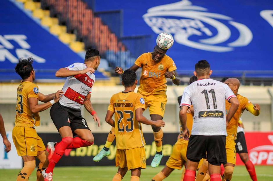 Babak Pertama Liga 1, Bhayangkara FC Ungguli Madura United 1-0-2