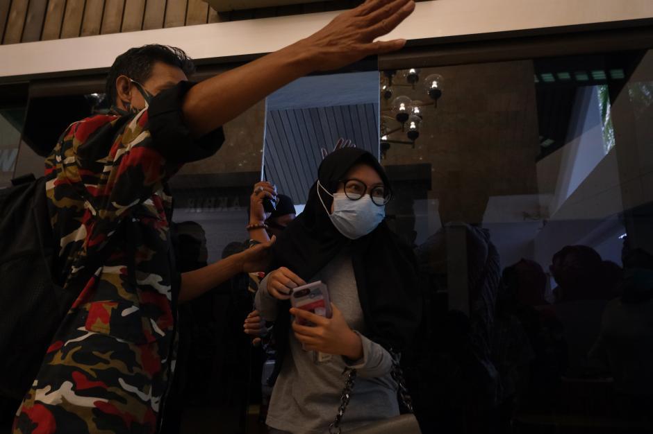 Antusiasme Warga Makassar Jalani Vaksinasi Covid-19-2