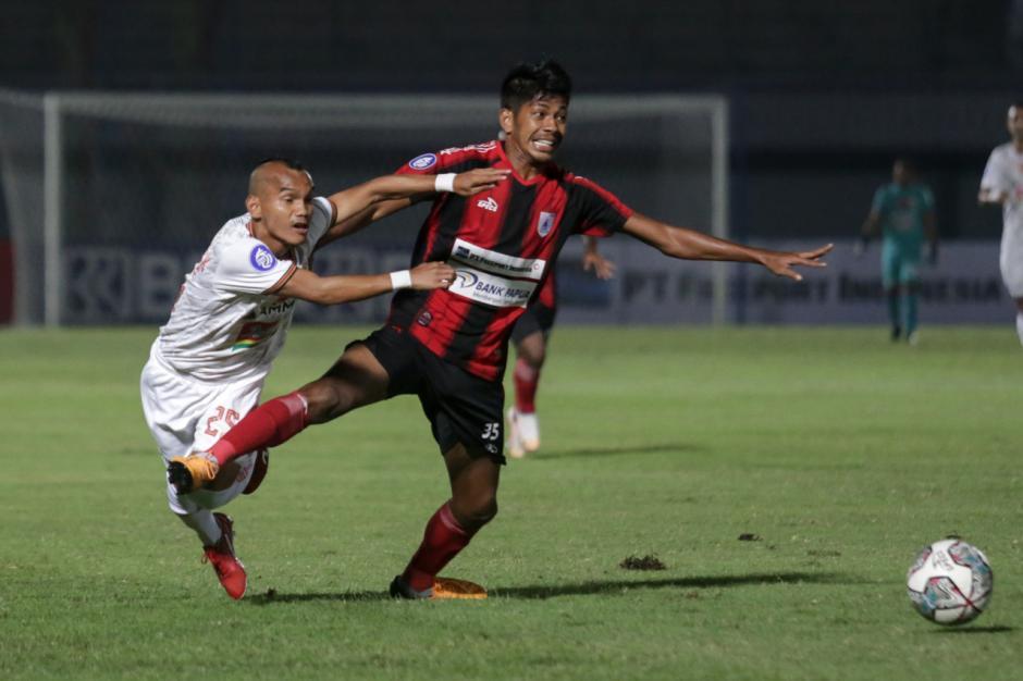 Foto-Foto Liga 1 Indonesia : Persija Jakarta Imbang Lawan Persipura Jayapura-0