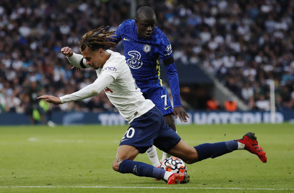 Foto Liga Inggris : Tampil Perkasa, Chelsea Permalukan Tottenham Hotspur 3-0-1