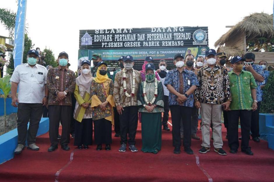 Menteri Halim Iskandar Kunjungi Edupark Semen Gresik di Rembang-1