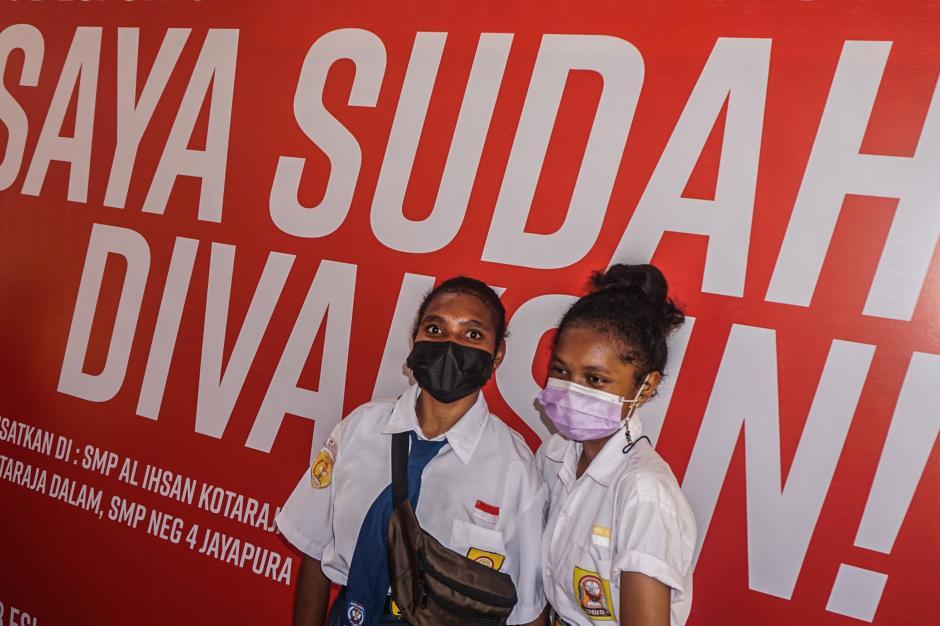 Vaksinasi Covid-19 Bagi Pelajar di Jayapura-0