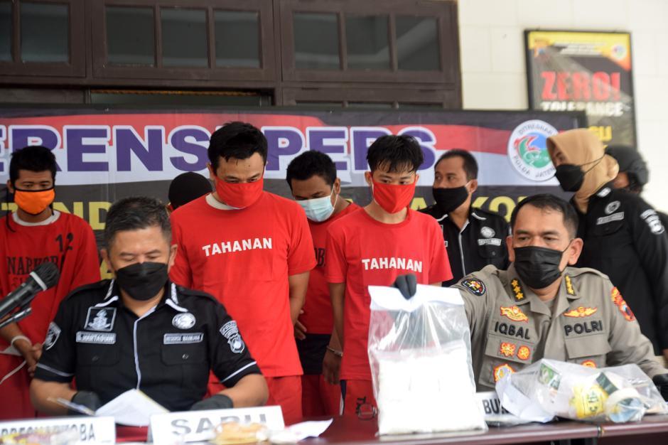 Ditresnarkoba Polda Jateng Tangkap 5 Pengedar Sabu di 4 Lokasi Berbeda-4