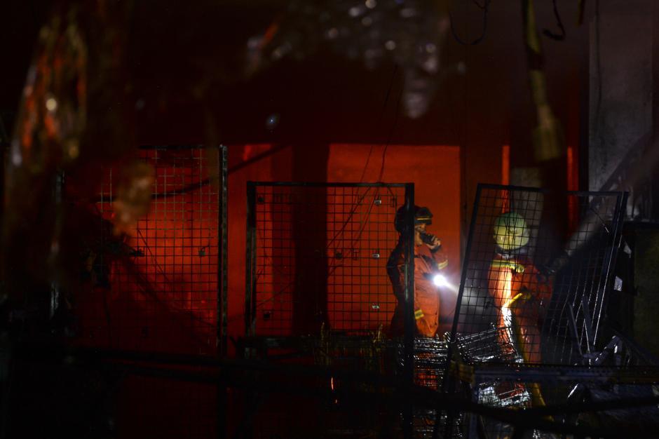 Kebakaran Pasar Swalayan di Cilandak Jaksel-4
