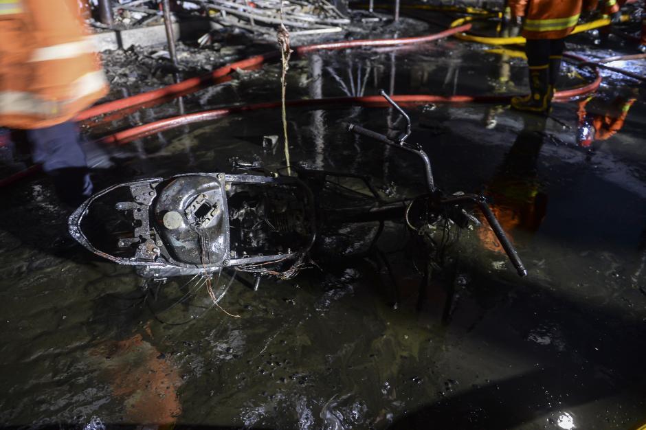 Kebakaran Pasar Swalayan di Cilandak Jaksel-3