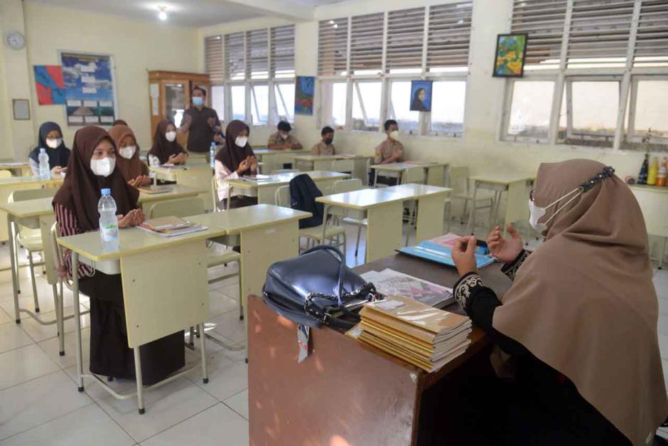 Survey Kemendikbudristek: 1.303 Sekolah Jadi Klaster Covid-19, 7.287 Guru dan 15.456 Siswa Terpapar-1