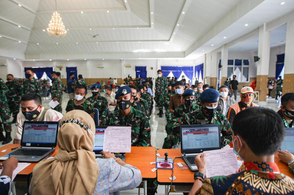 Sambut HUT TNI ke-76, TNI AU Gelar Donor Darah-1