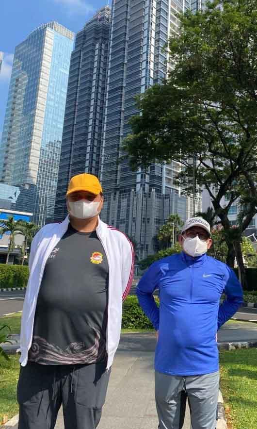 Airlangga Hartarto Jalan Santai Bareng Muhaimin Iskandar di Kawasan SCBD-0