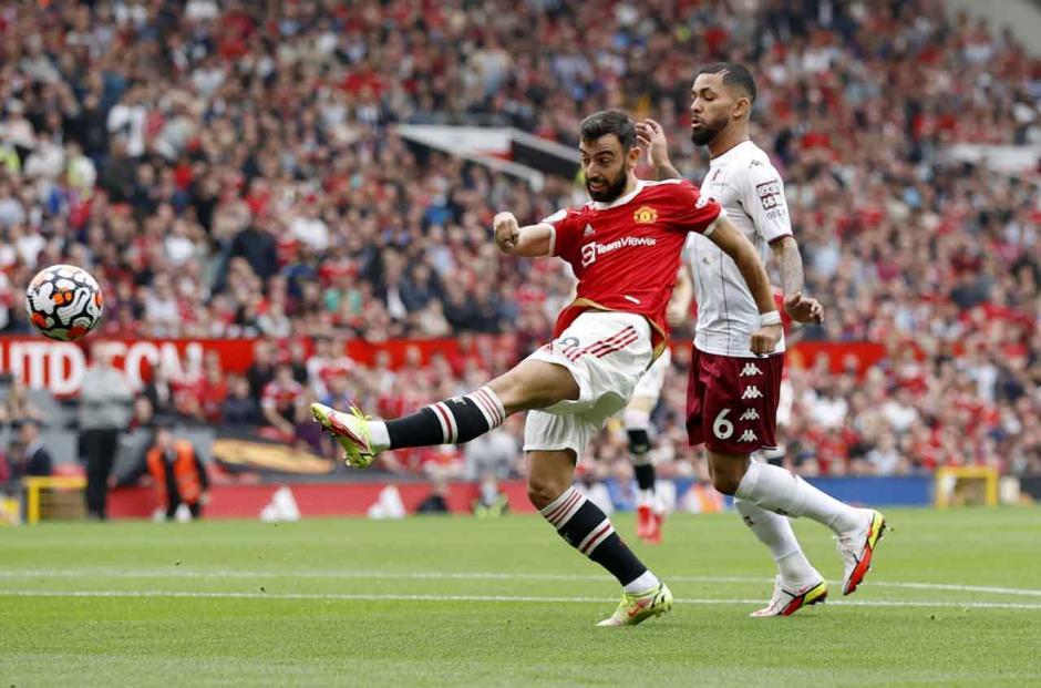 Begini Kegigihan Pemain Aston Villa Saat Permalukan Manchester United di Old Trafford-3