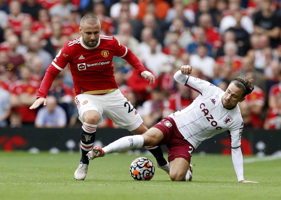 Begini Kegigihan Pemain Aston Villa Saat Permalukan Manchester United di Old Trafford-2