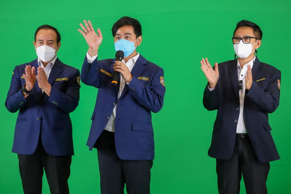 Gibran Hadiri Syukuran HUT Karang Taruna ke-61 di Jakarta-3