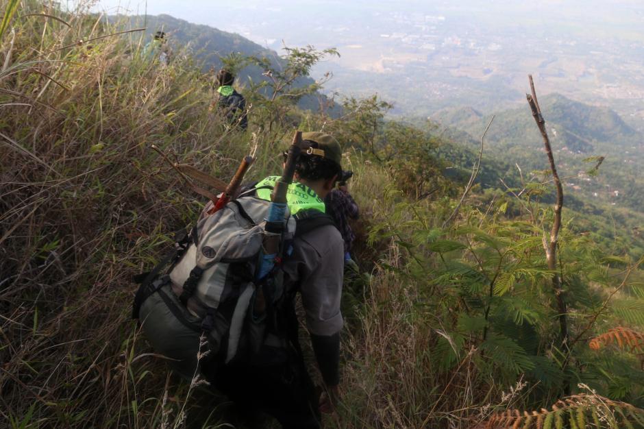 Mendaki Gunung Merekam Keajaiban Leluhur-15