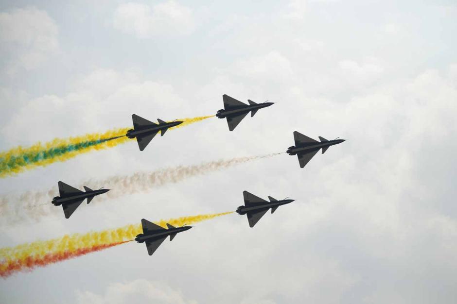 Spektakuler, Begini Pertunjukkan Airshow China di Zhuhai-3