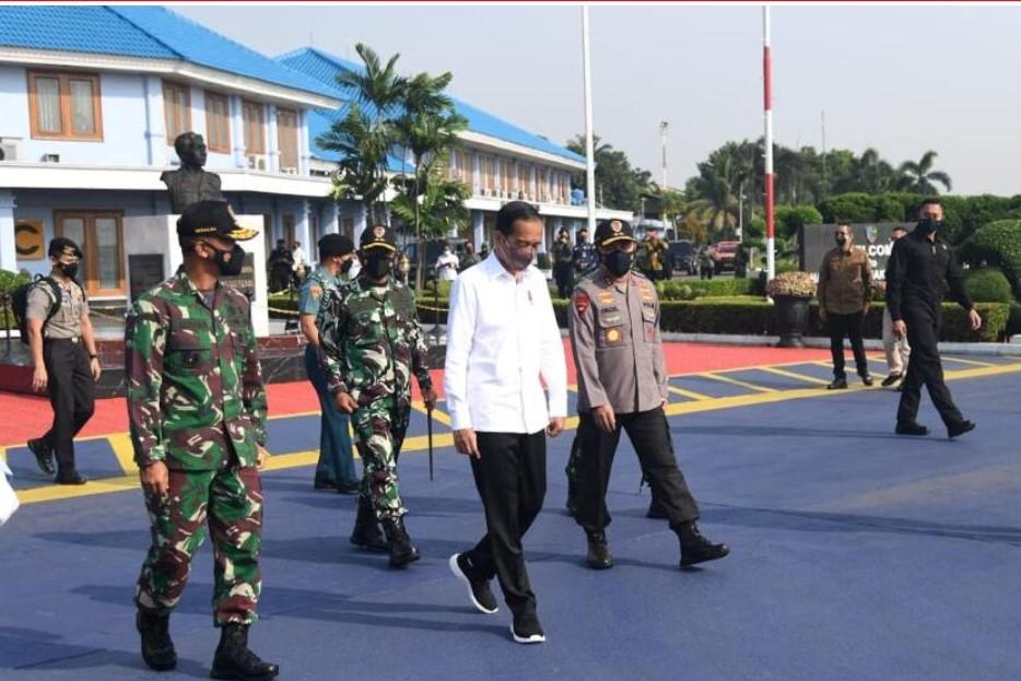Erick Tohir Dampingi Jokowi Groundbreaking Pabrik Smelter PT Freeport Indonesia di Jawa Timur-0