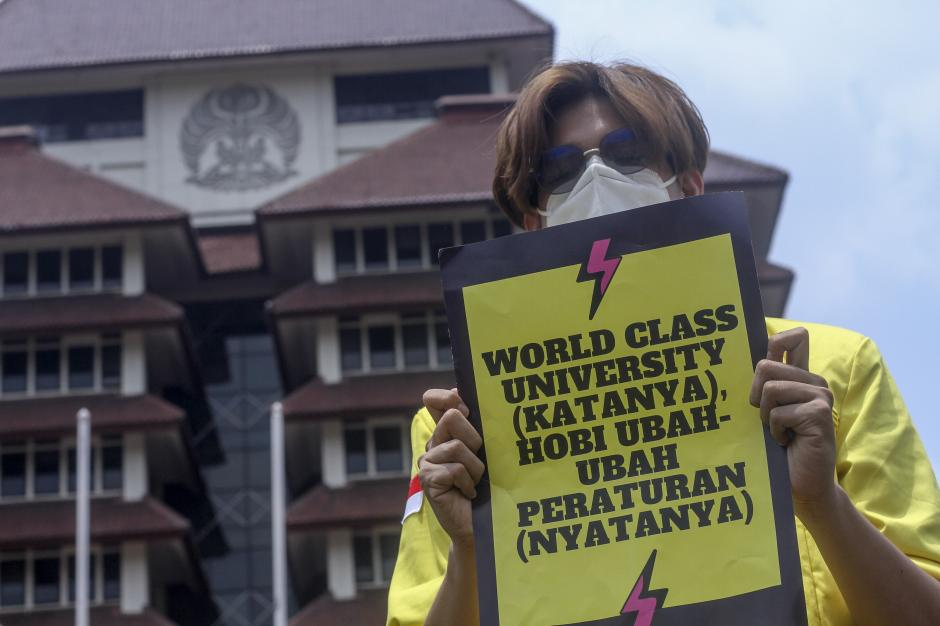 Mahasiswa Universitas Indonesia Gelar Aksi Tolak Statuta-0