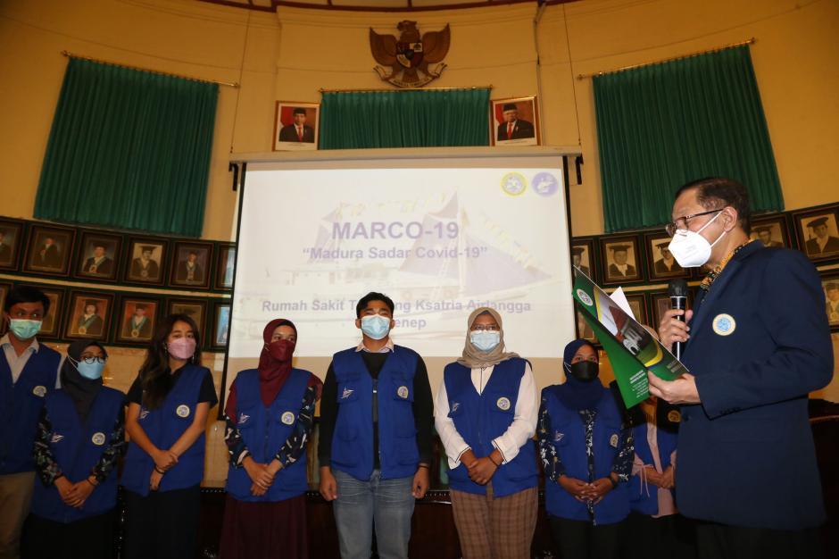 Jalankan Misi Marco-19, RS Terapung Ksatria Airlangga Sukses Arungi 12 Kepulauan Madura-4